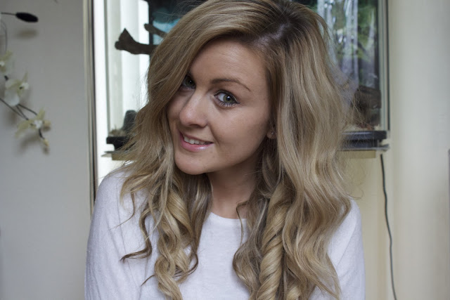 a picture of Big Hair using Remington Pearl Curling Wand