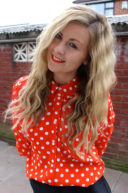 A picture of through Chelsea's eyes wearing topshop polka dot shirt and disco pants
