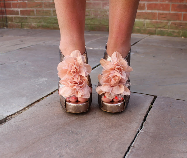 gold 3d flower heels, through Chelsea's eyes