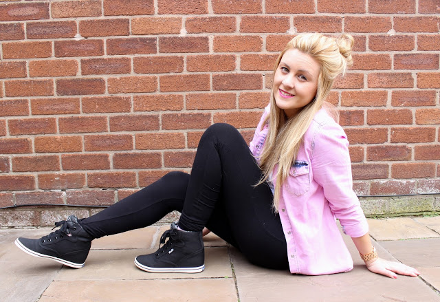 outfit, fashion, fashion blog, through chelsea's eyes, pink denim shirt, keds, wedge trainers, how to wear wedge trainers