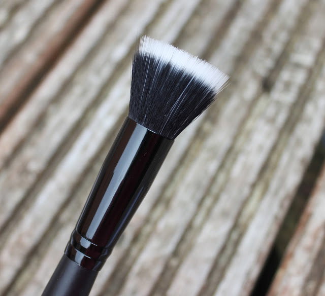 blog, elf, elf brushes, review, stippling brush, through chelsea's eyes,