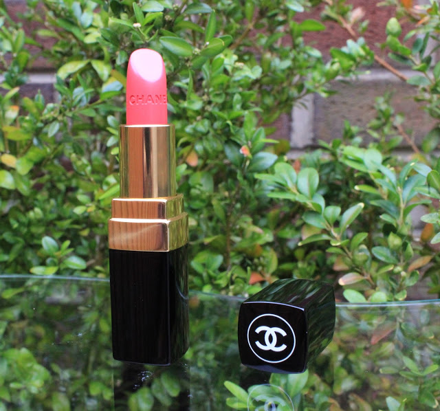 chanel, chanel lipstick, chanel rouge coco lipstick le baiser, le baiser, review, through chelsea's eyes,