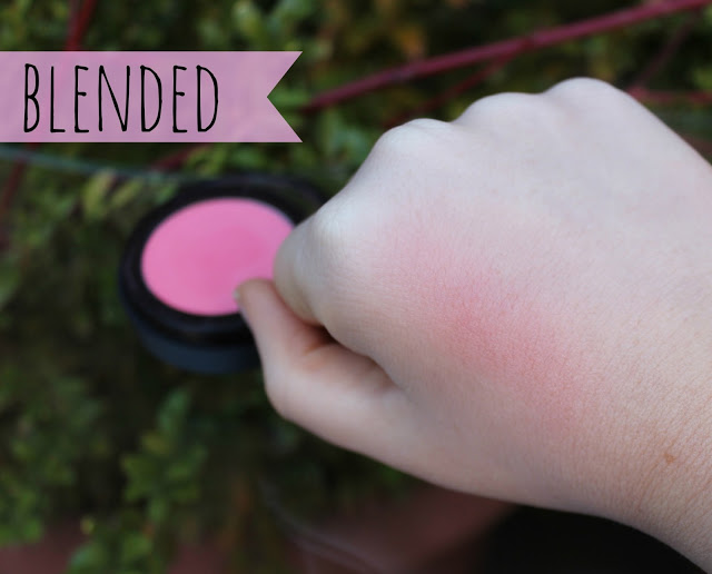 seventeen first blush blended out, seventeen, seventeen make up, seventeen blush, seventeen blush first flush, mac bite of an apple dupe, pink blush, review, through chelsea's eyes,