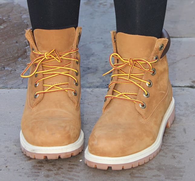 fashion blog, how to style timberland boots, through chelsea's eyes, timberland boots, chelsea yates, blogger,