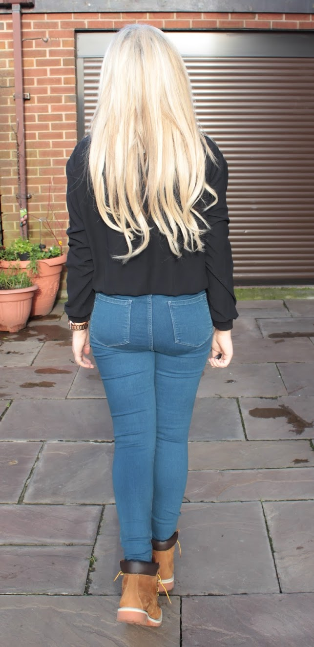 casual fashion, fashion, fashion blog, through chelsea's eyes, high waisted jeans, timberland boots