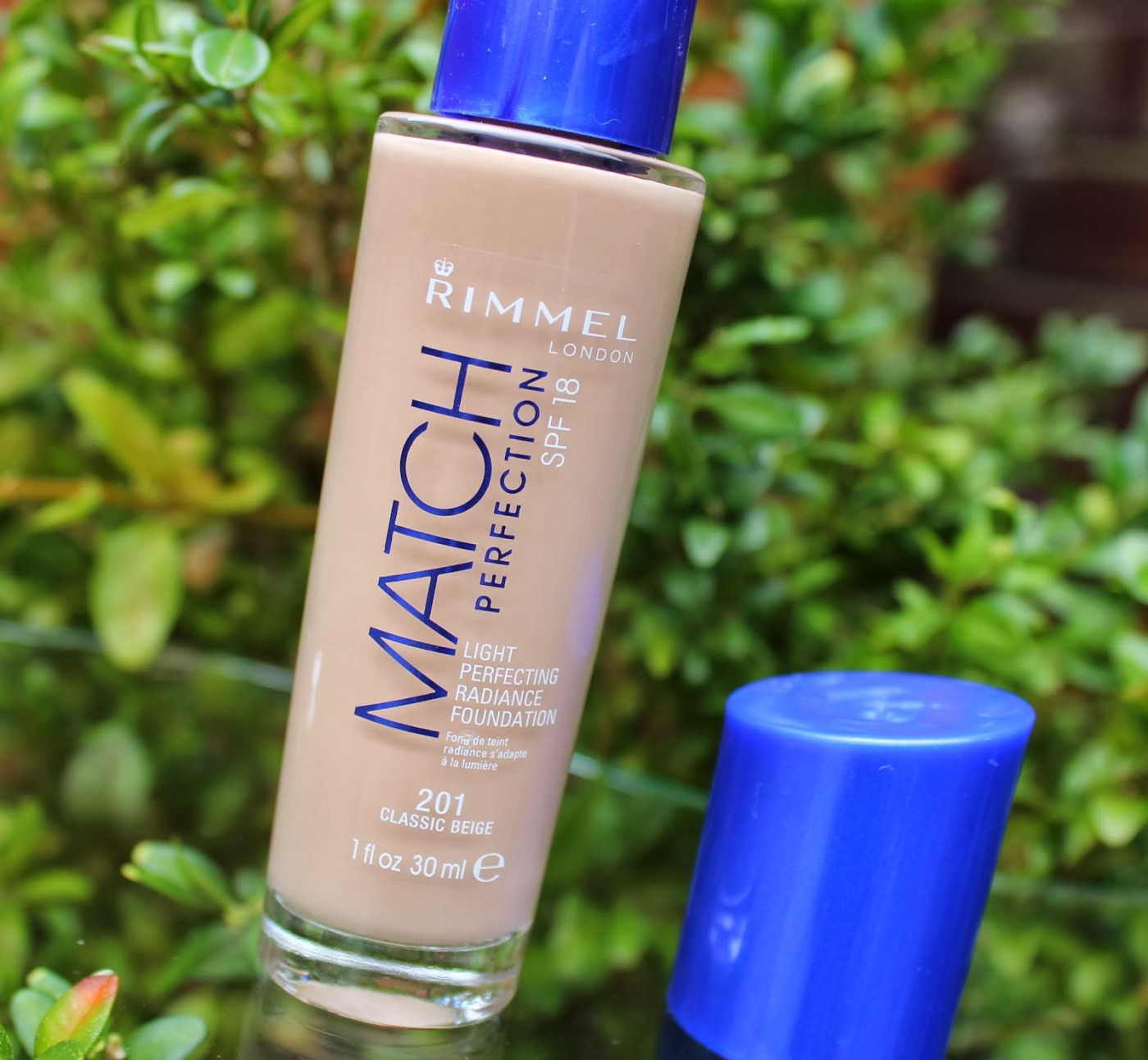 rimmel, rimmel london, rimmel match perfection foundation, rimmel match perfection classic beige 201,review, through chelsea's eyes,
