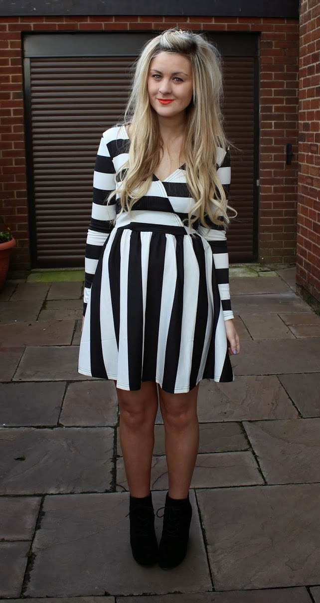 poppy lux, stripes, fashion, ootd, through chelsea's eyes, lifestyle, london ,