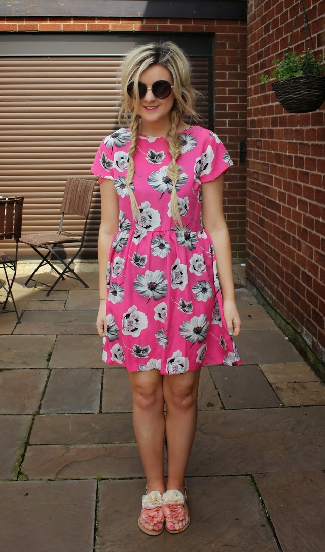 fashion blogger, primark, primark dress, primark outfit, primark pink flower dress, through chelsea's eyes,