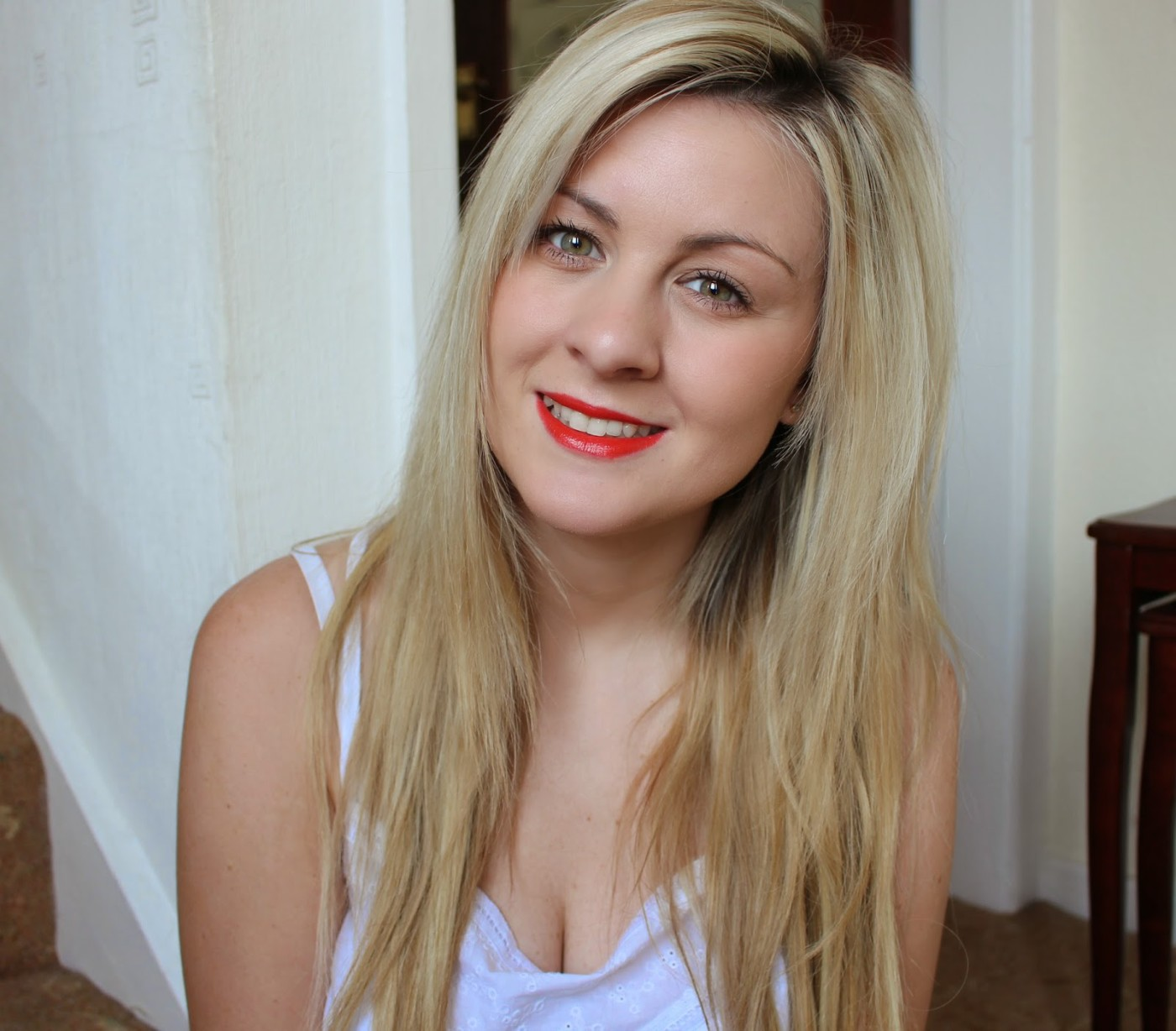 A UK, Manchester based Beauty, Fashion & Lifestyle Blog ♥ Expect to find make up and product reviews, fashion OOTD posts and anything hair related!, Rimmel, Rimmel moisture renew lipstick, rimmel in love with ginger lipstick,, mac lady danger dupe, through chelsea's eyes, rimmel in love with ginger being worn