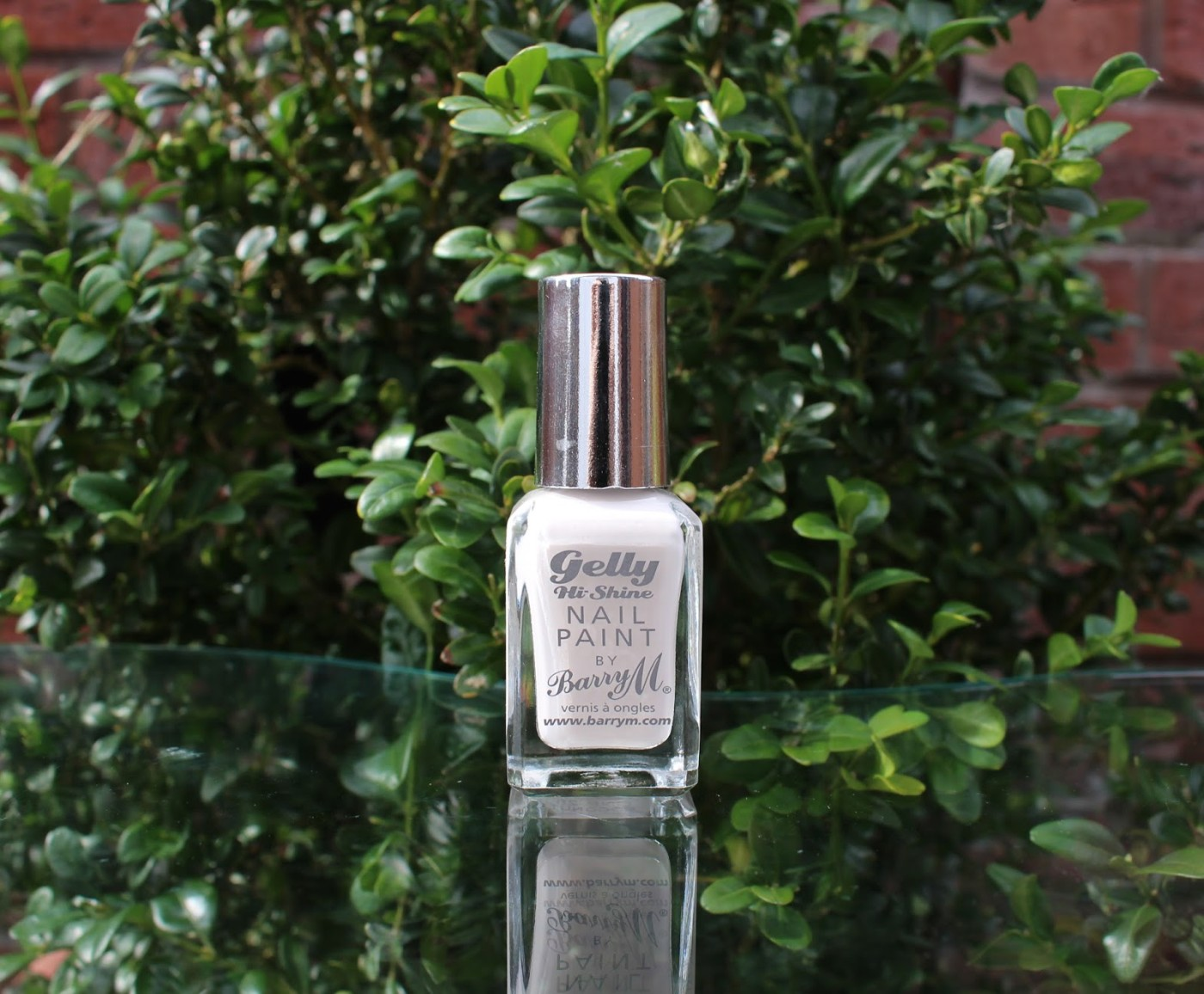 barry m gel nail polish, barry m, barry m coconut, barry m hi shine gel nail polish, off white nail polish, nail polish, nail varnish, through chelsea's eyes,