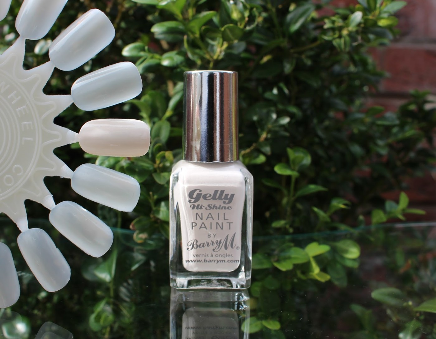 barry m gel nail polish, barry m, barry m coconut, barry m hi shine gel nail polish, off white nail polish, nail polish, nail varnish, through chelsea's eyes, swatched