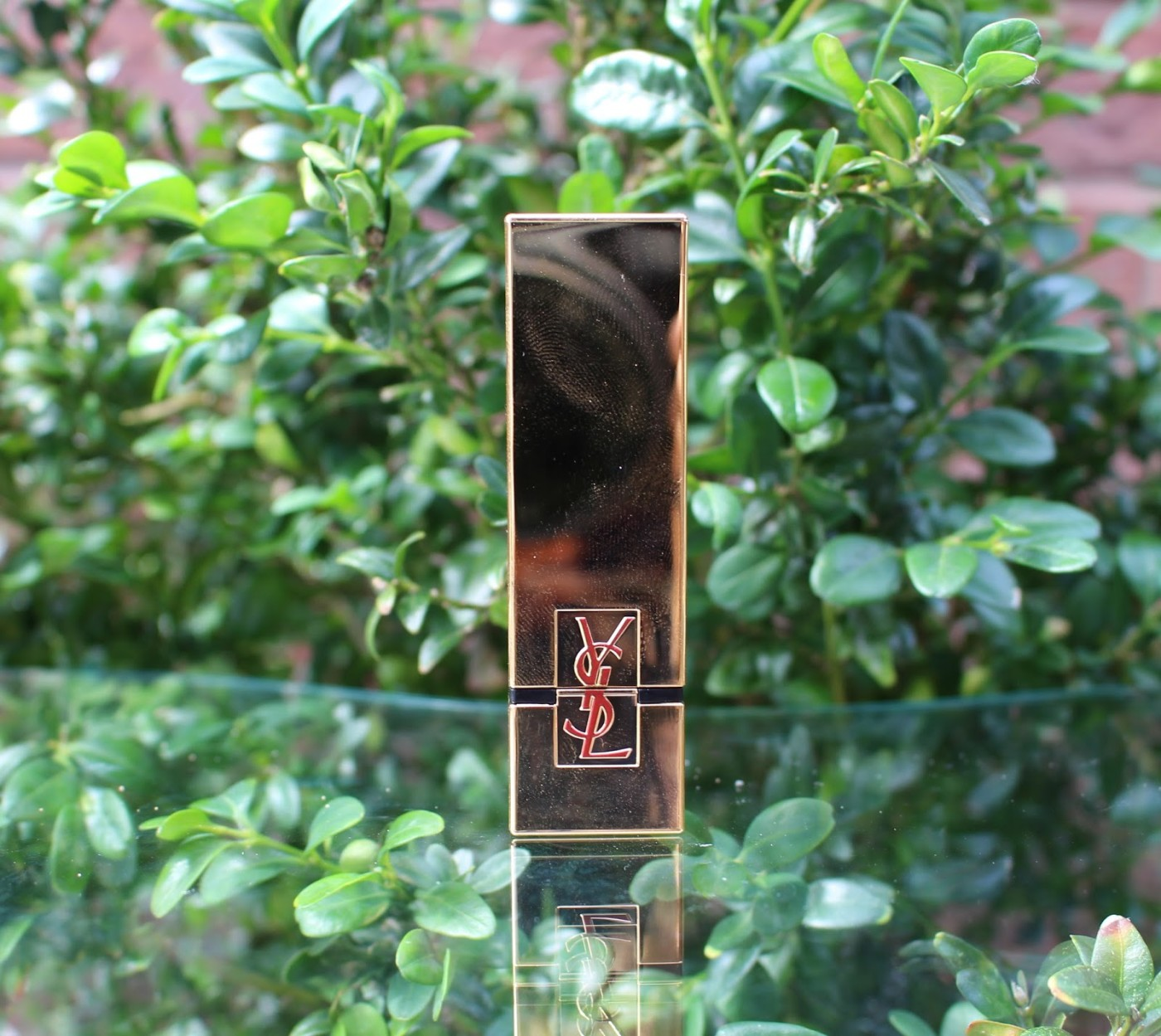 YSL Rouge Pur Couture Lipstick Le Fuchisa Review