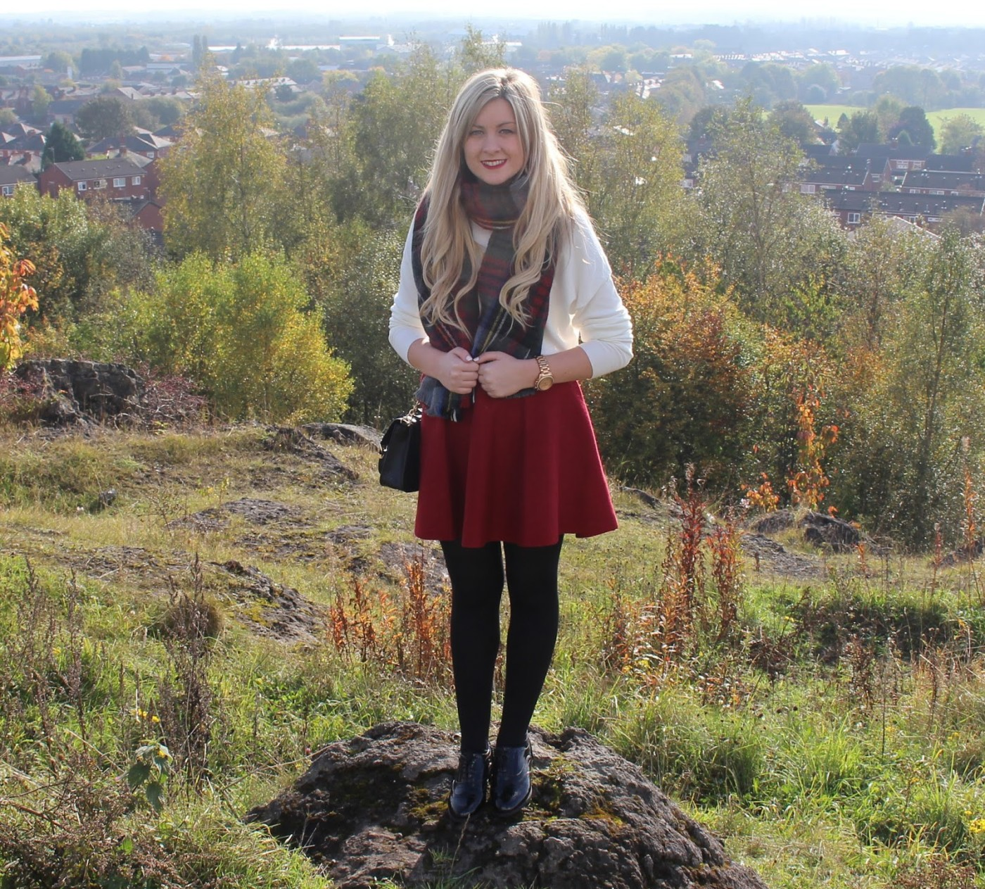 burgundy skirt. primark, autumn fashion, winter fashion, through chelsea's eyes,