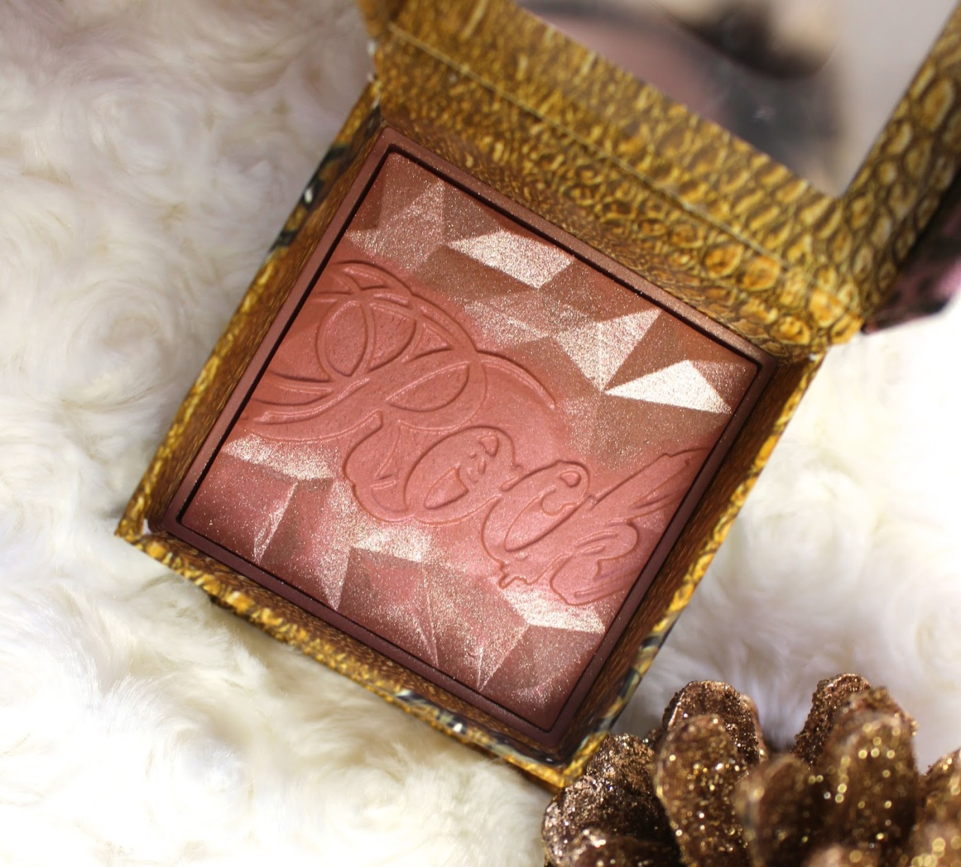 Benefit Rockateur Blush, Rose gold blush, blusher, Benefit, Rockateur Blush, through chelsea's eyes, review,