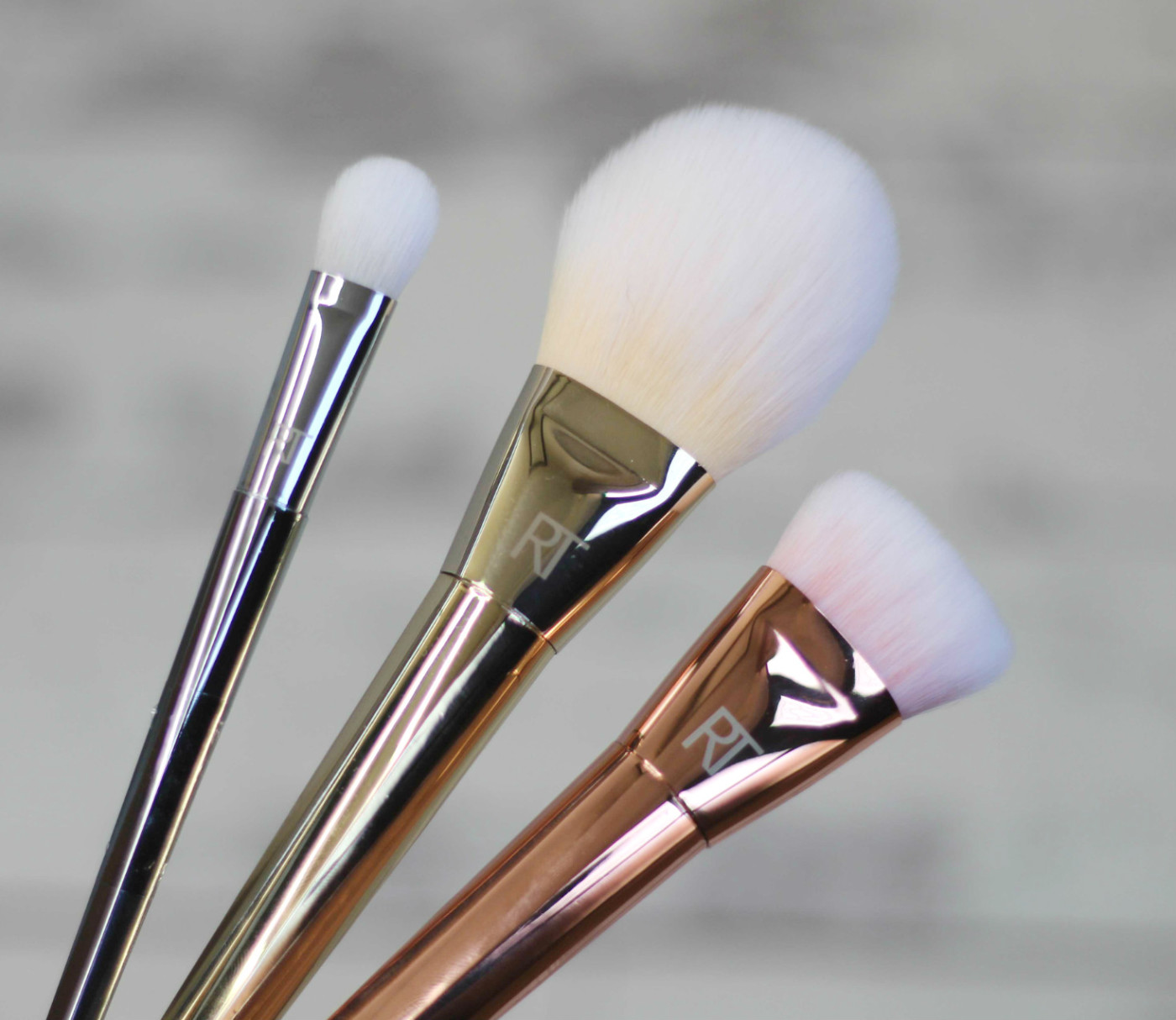 Real Techniques Bold Metal Collection Brushes, Real Techniques, real techniques brushes, 301 flat contour brush review, 100 Arched Powder Review, 200 Oval Shadow, through chelsea's eyes,