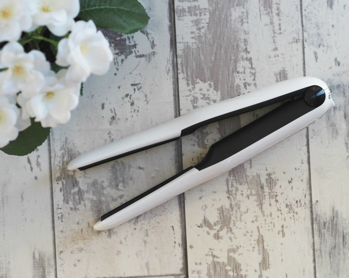 Glamoriser Freestyler Review wireless hair straightener